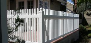 finyl_vinyl_picket_fencing_32